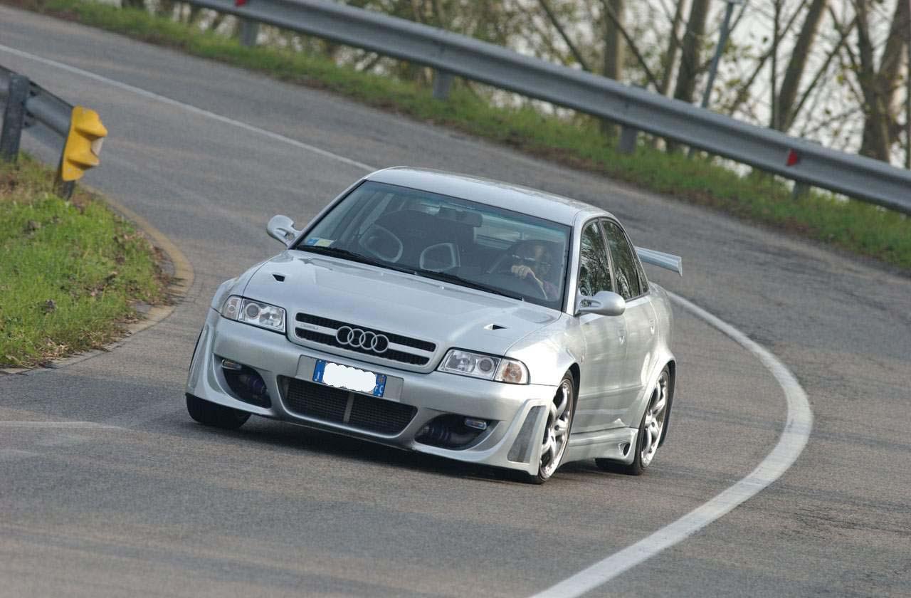 Car tuning Audi A4 di Andrea Padovani